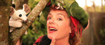 Afbeelding bij Verteltheater Friponne speelt Rosalia en de knuffelmonsters